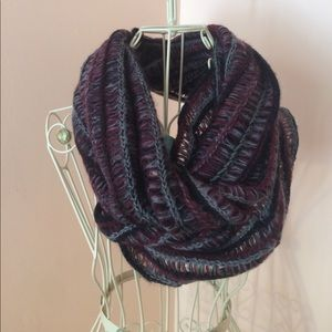 Black, red and white infinity scarf