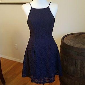 Monteau dress small