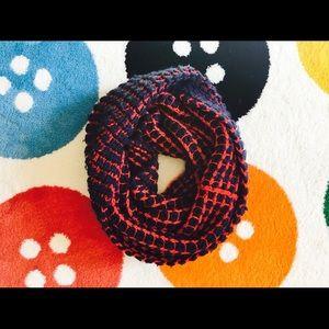 GAP blue/red two sides loop scarf