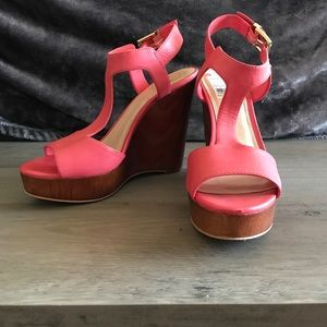 Vince Camuto Coral Wedges
