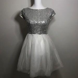NWOT dress metallic glitter prom wedding party S