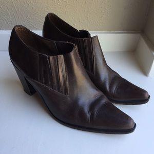 Vintage guess booties shooties brown leather Sz 9