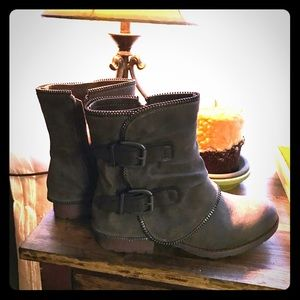 🆕 Women's Not Rated Boots