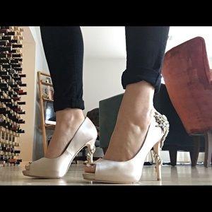 Badgley Mischka Peeptoe heels