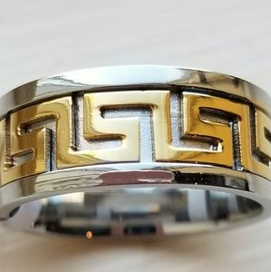Spikes Accessories - New Men's Size 10 Silver and Gold Tone Ring