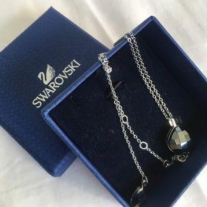 Silver Swarovski crystal pendant necklace