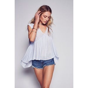 •FREE PEOPLE• Into The Night Tee in Light Blue