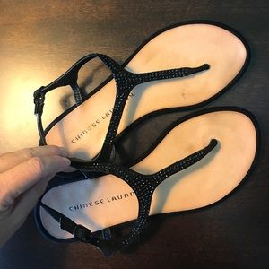 Chinese Laundry Black Thong Sandals