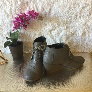 TOMS Desert Gunmetal Metallic Wedge Booties