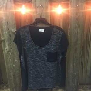 Lou & Grey knit/woven mix tee. Size Large.
