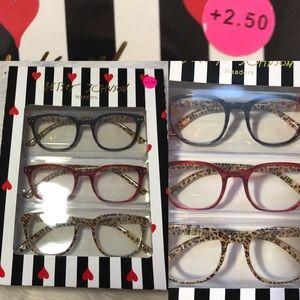 NWT Betsey Jonhson Reading Glasses +2.50