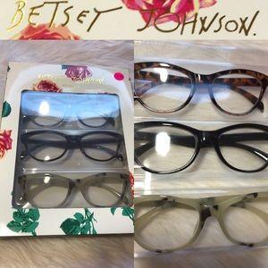 NWT Betsey Jonhson Reading Glasses 👓  +2.00