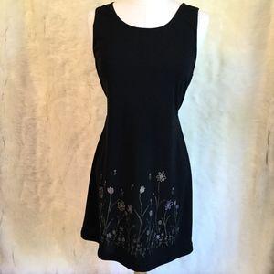 Vintage Floral Detailed Shift Dress