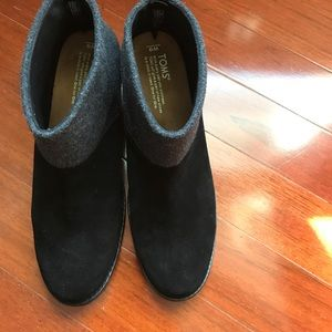 TOMS Leila Black Suede and Grey Wool Ankle Boots.