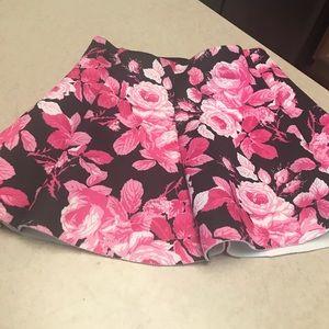 Flowered A-line skirt