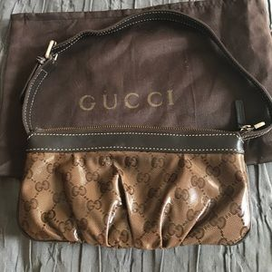 Gucci authentic clutch/ bag/ evening small