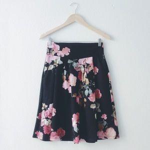 5⭐️NWT Black n pink Floral midi skirt