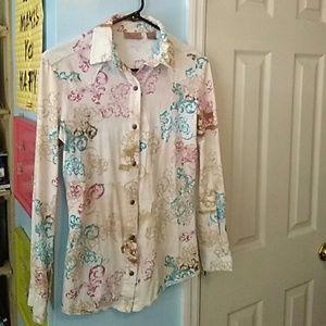 Wrangler long sleeve shirt.