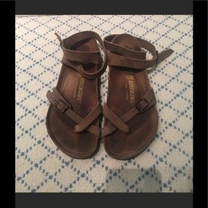 Like new real leather birks!