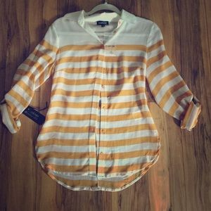NWT Bebe fall button up blouse