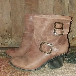 Lucky Brand leather  booties with heel