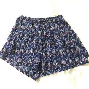 NWT H&M Blue Tribal print shorts. Size 8