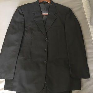 Vittorio Bertoni Black suit 44L jacket 38x32 pants