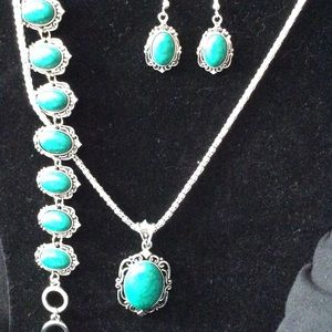 3 Piece costume jewelry set New