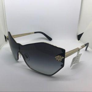 Versace sunglasses 😎 💯% original