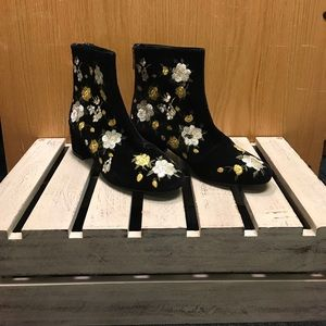 Top shop black floral embroidered booties