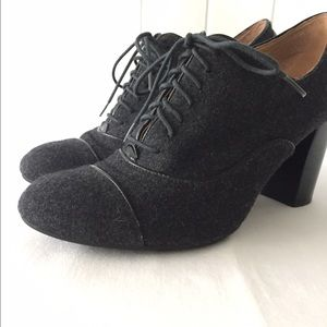 Nine West Gray Flannel Lace Up Bootie