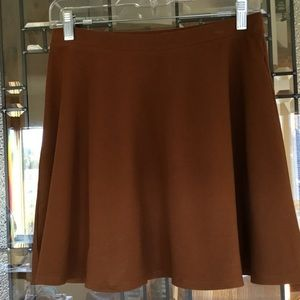 🍁NWOT F21 FALL SKIRT ~ PERFECT TO WEAR WITH BOOTS