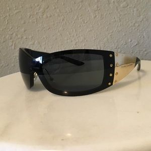 Marc Jacobs Women's Sunglasses Black and Gold Tone