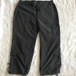 North Face Capri Cargo Pants Gray SzLarge