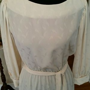 VTG Gorgeous Cream Sheer Swirl Midi Dress!