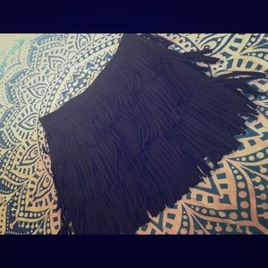 H&M FRINGE BLACK SKIRT SIZE 4 (NEW WITH TAGS)