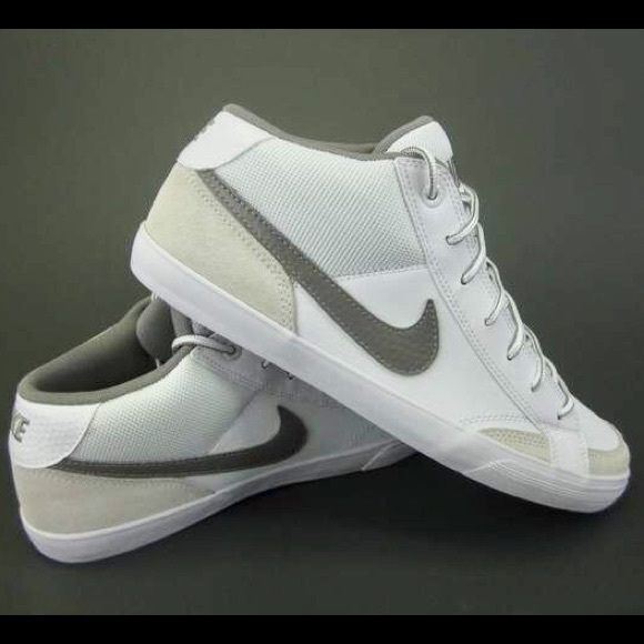 Nike Capri II Mid shoes white blue