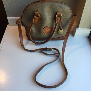 Dooney & Bourke bucket bag leather taupe brown