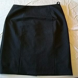 Size 0 Black striped pencil skirt. Antonio Melani