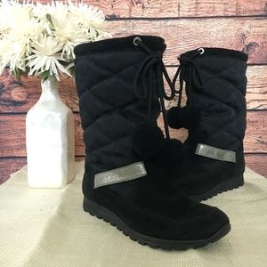Coach Juniper Pom Pom Quilted Boots SZ 6.5