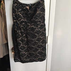 A nice going out dress that's easy to zip on