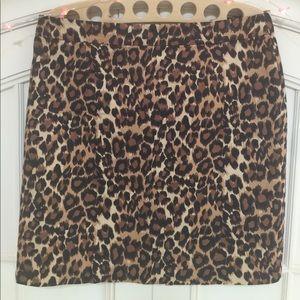 So on trend animal print black brown skirt size 10
