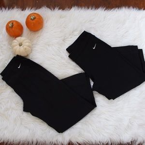 ** Bundle of Small NIKE capri Leggings**