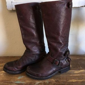 Frye tall boots sz 7 brown leather