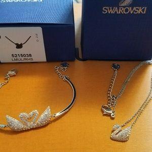Swarovski Swan set