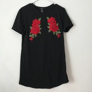 Trendy black T-shirt dress