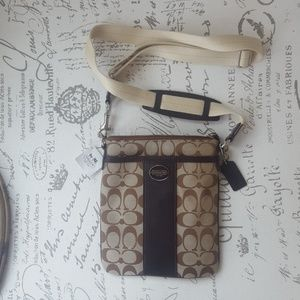 Coach Legacy Signature Swing Pack (NWT)