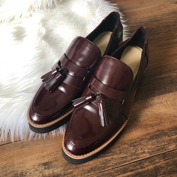 f5d3eb6ac44 Zara Burgundy Glossy Platform Loafers w tassels. M 59e91b2a99086adeea00080f