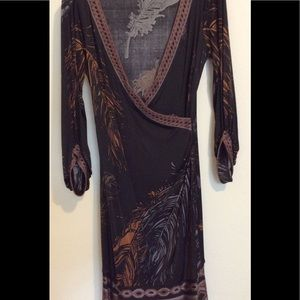 NWOT Flattering and stunning dress