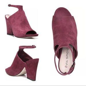 New Via Spiga prim burgundy Suede heels sandals